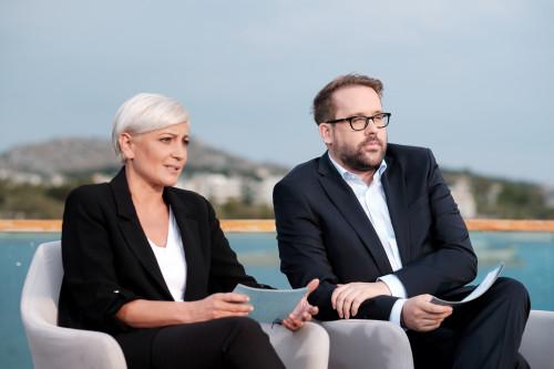 """Στα Χανιά η ανταποκρίτρια της Bild που πήρε την συνέντευξη από τον Μητσοτάκη! """"Οι Γερμανοί θα πεθάνουν αν δεν πάνε διακοπές"""""""