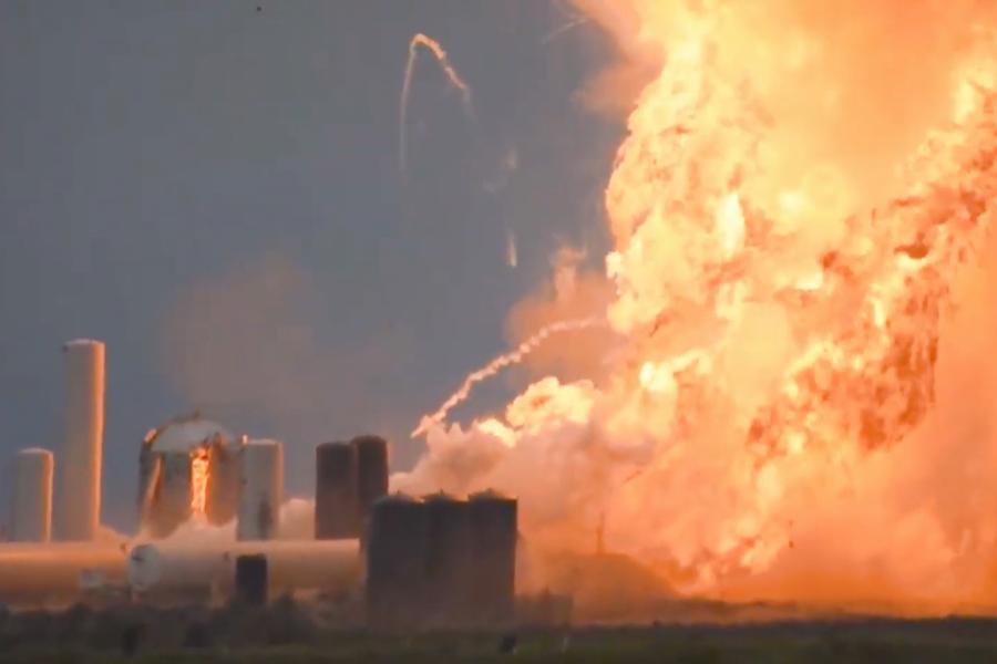 SpaceX: Έκρηξη πυραύλου κατά τη διάρκεια δοκιμών εκτόξευσης