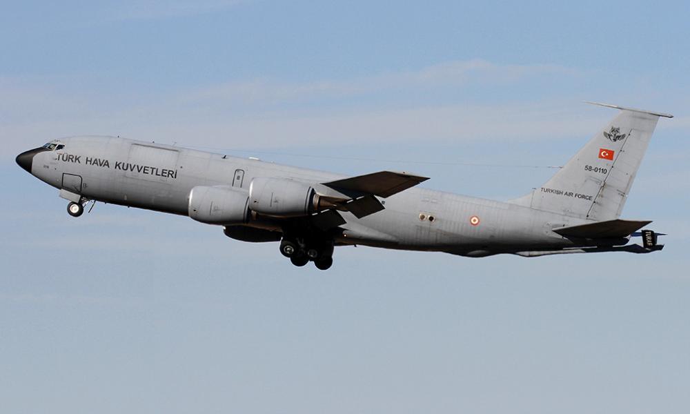 Έξαλλη η Μόσχα με Άγκυρα: Τουρκικό KC-135R ανεφοδίασε αμερικανικό Β1-Β κοντά στην Κριμαία