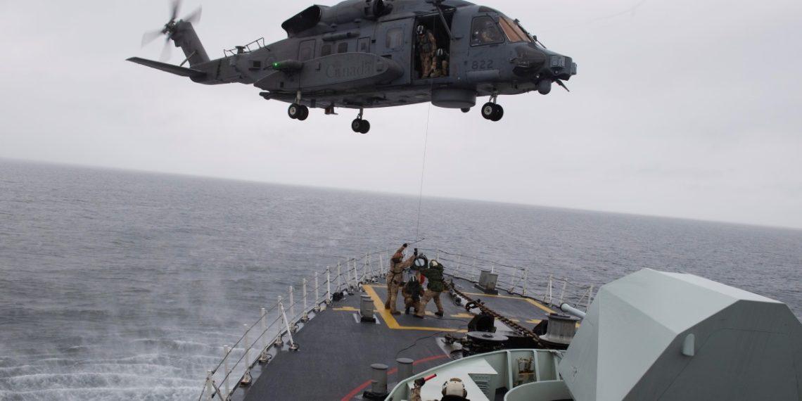Εντοπίστηκαν τα συντρίμμια του στρατιωτικού ελικοπτέρου που συνετρίβη στο Ιόνιο στα τέλη Απριλίου