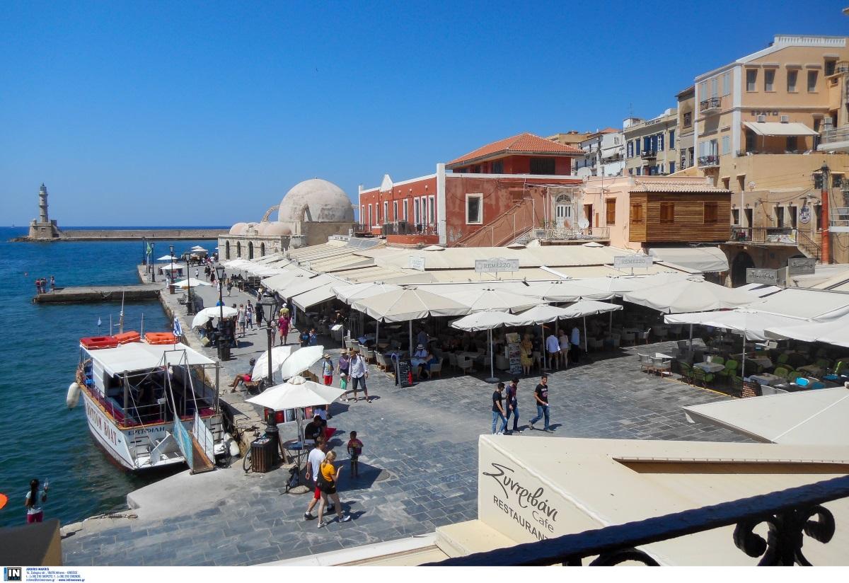 """""""Το ελληνικό κρασί είναι ήδη παγωμένο"""" – Ύμνοι Bild για τον τουρισμό στην χώρα μας"""