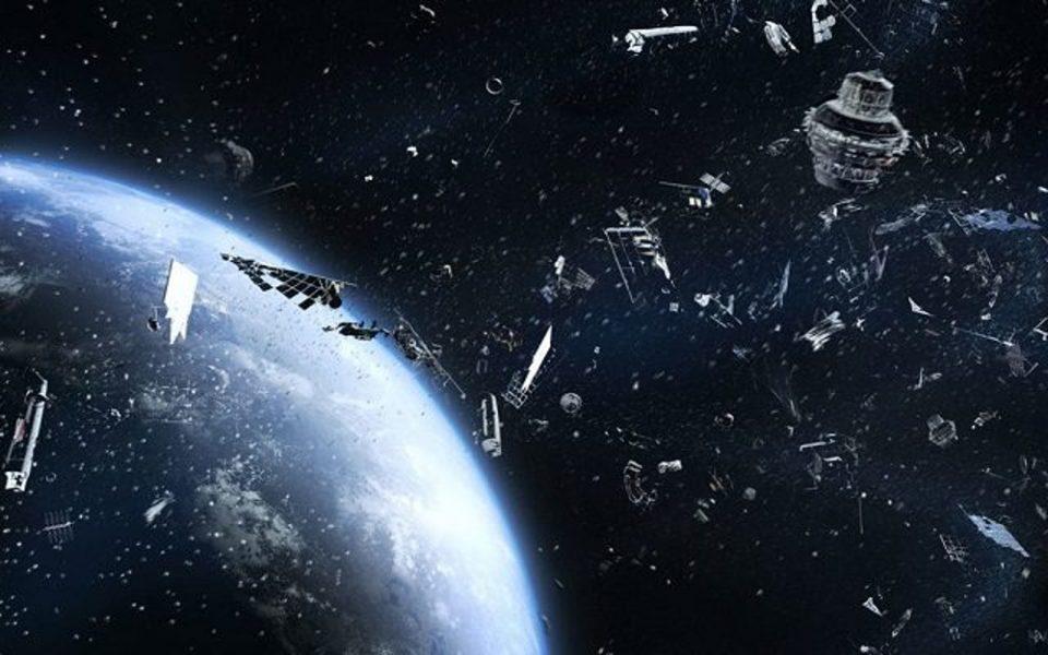 Κινεζικό διαστημικό «σκουπίδι» 18 τόνων έπεσε στη Γη