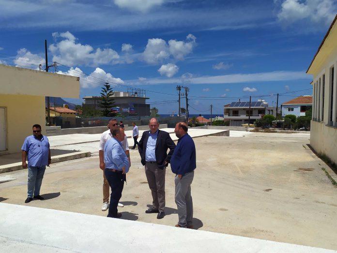 Καστέλι: Τα σχολεία που επλήγησαν από το σεισμό επισκέφθηκε ο Υφυπουργός Παιδείας (Pics)