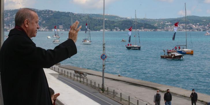 Πανηγύρια Ερντογάν στον Βόσπορο για την άλωση της Κωνσταντινούπολης