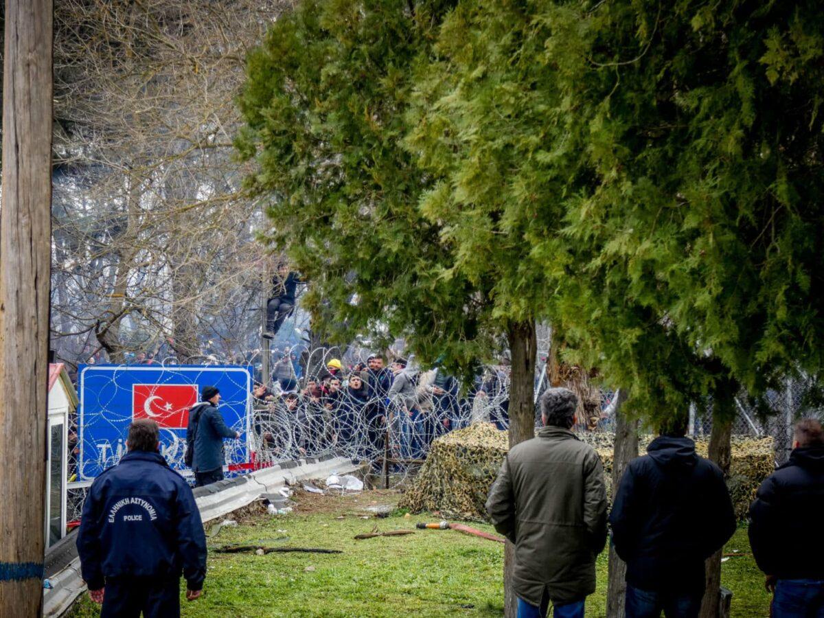 Έβρος ΤΩΡΑ: Η Τουρκία συγκεντρώνει στρατεύματα στις Φέρες