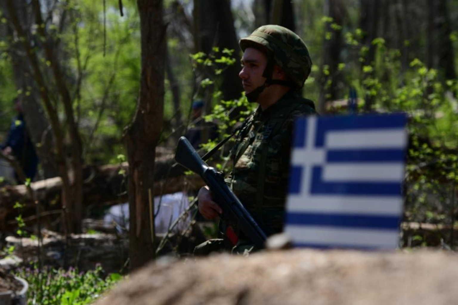 Πέτσας για Έβρο: «Δεν υπάρχει ξένη δύναμη σε ελληνικό έδαφος»
