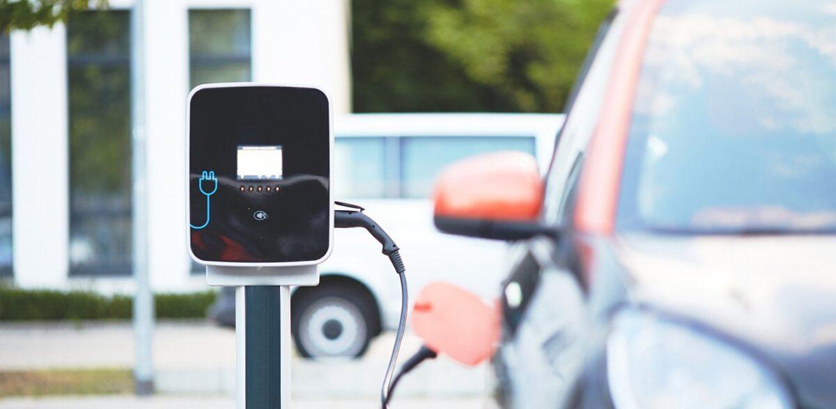 Ηλεκτροκίνηση: Στο υπουργικό συμβούλιο το νομοσχέδιο – Γενναία κίνητρα στους αγοραστές