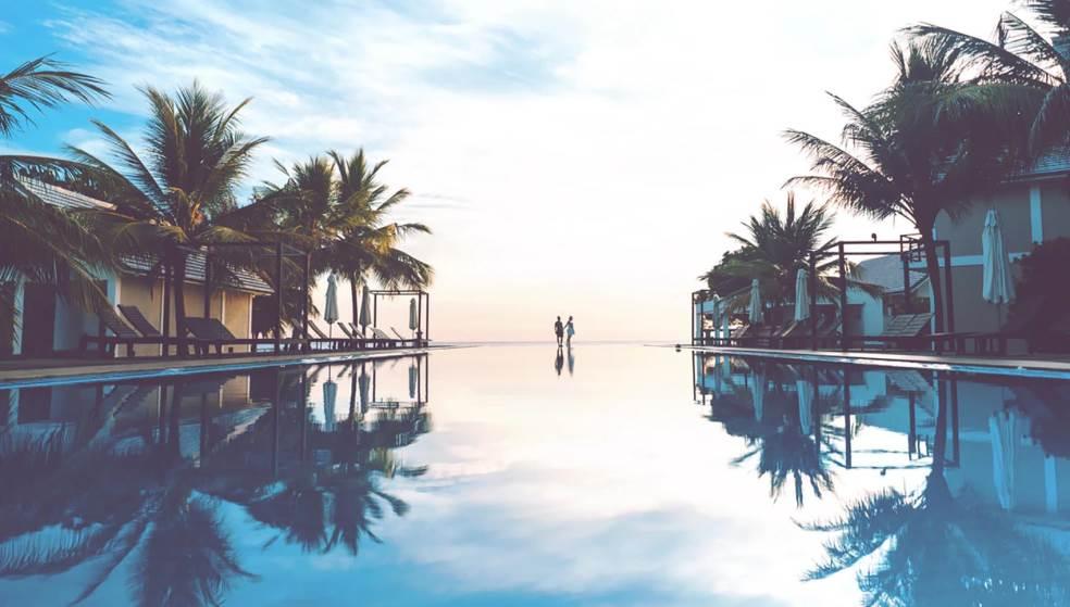 Ανοίγουν τα ξενοδοχεία – Αναλυτικά τα πρωτόκολλα για τουριστικές επιχειρήσεις και τουριστικά λεωφορεία
