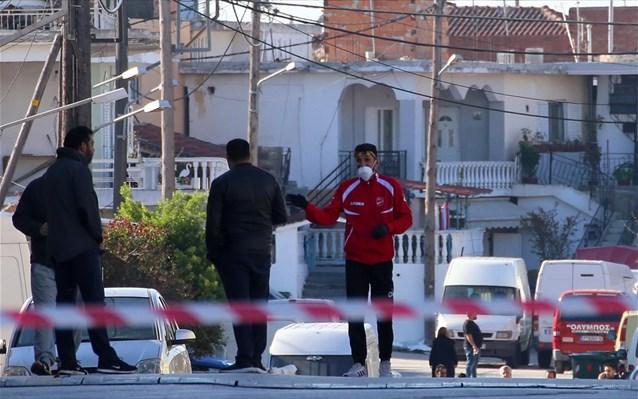 Ν. Σμύρνη Λάρισας: Σαρωτικοί έλεγχοι και δειγματοληψίες στον οικισμό Ρομά μετά τα νέα κρούσματα