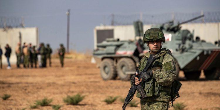 Λιβύη: Οι Ρώσοι μισθοφόροι στο πλευρό του Χάφταρ απομακρύνονται από την Τρίπολη