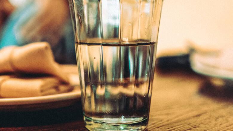 Μπορεί ο κορωνοϊός να μεταδοθεί μέσω του πόσιμου νερού;