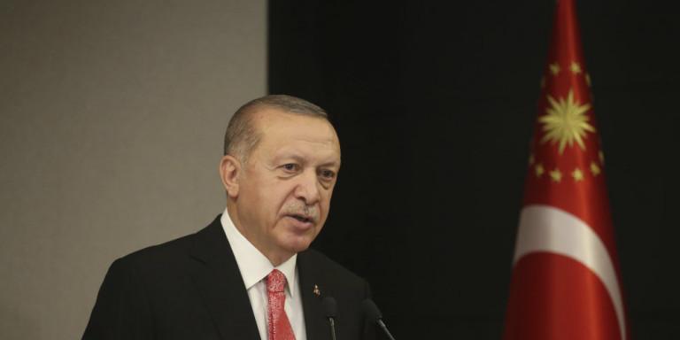 ΜΚΟ αποκαλύπτει για την υγεία του Ερντογάν: Εκανε εγχείριση για καρκίνο του εντέρου, υποφέρει από επιληπτικά σοκ