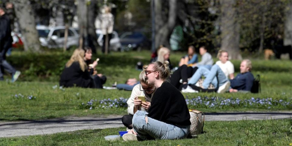 Σουηδία: Η ανο(Η)σία της αγέλης… κοστίζει – Έχει τους περισσότερους κατά κεφαλήν θανάτους σε όλη την Ευρώπη