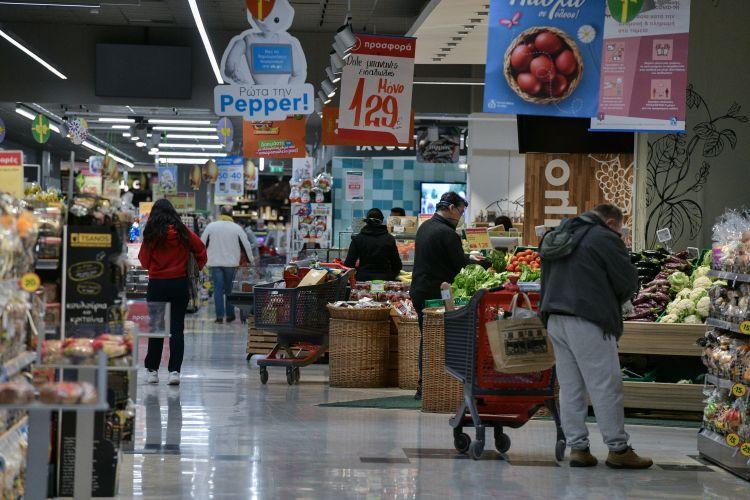 ΦΠΑ: Σε ποια προϊόντα και υπηρεσίες μειώνεται ο φόρος από Δευτέρα