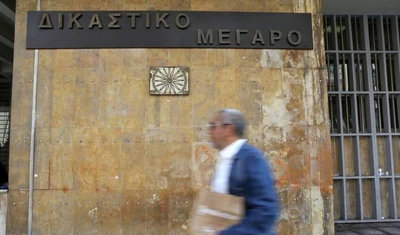Θεσσαλονίκη: Για μια θέση πάρκινγκ κατέληξαν στο νοσοκομείο και μετά στο δικαστήριο