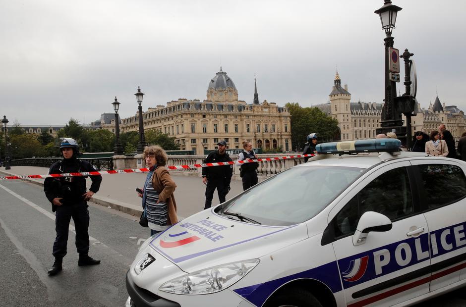 Γαλλία: Τρεις νεκροί και ένας τραυματίας  από πυροβολισμούς σε επαγγελματικό meeting
