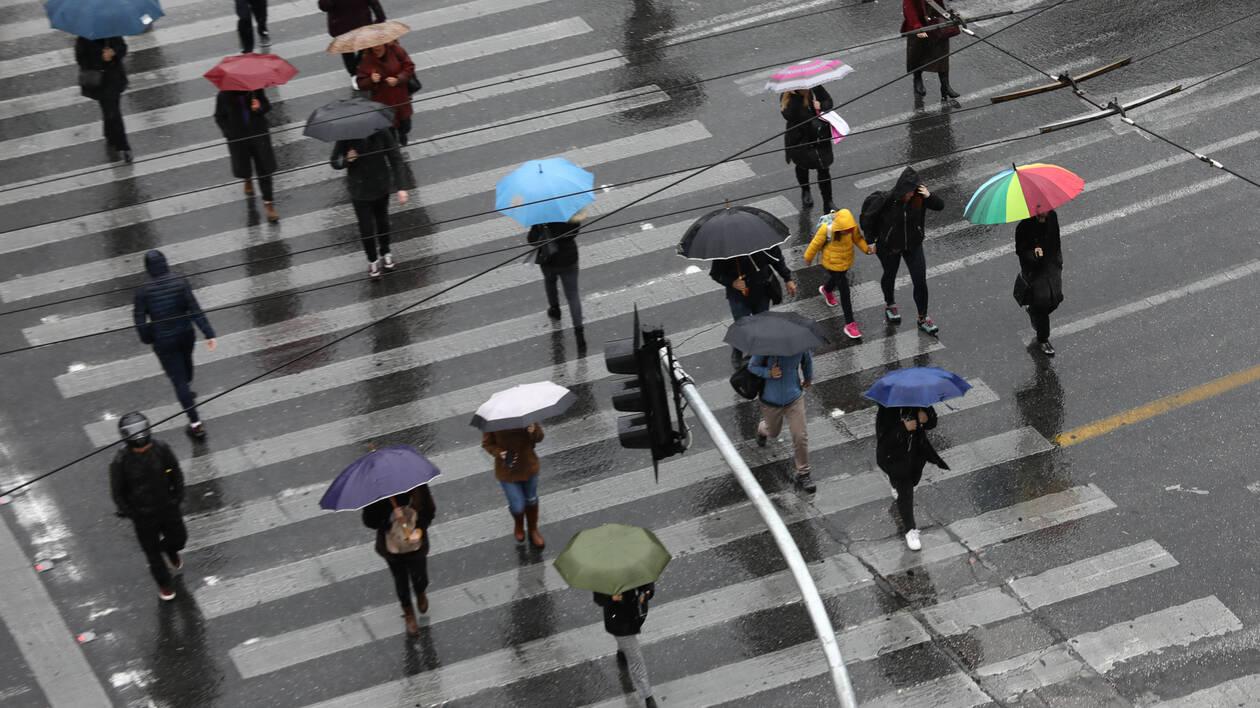 Καιρός: Νέα πτώση του υδράργυρου, ισχυρές βροχές και καταιγίδες για σήμερα