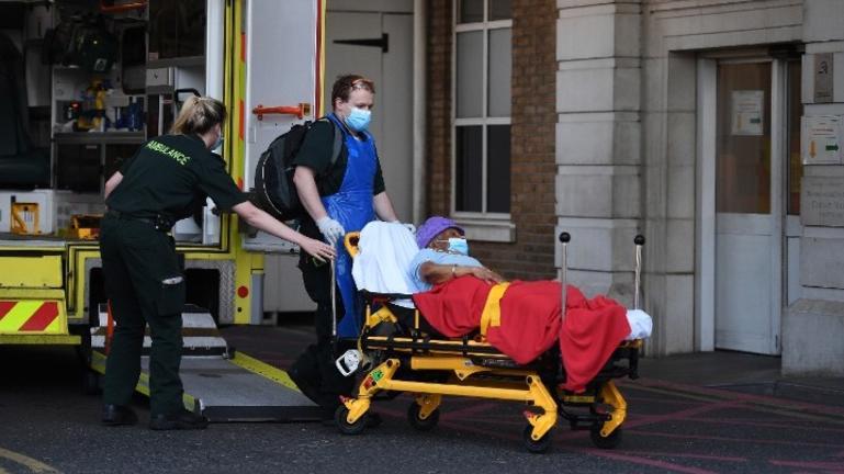 Βρετανία: Στους 176 οι θάνατοι από κορωνοϊό το τελευταίο 24ωρο