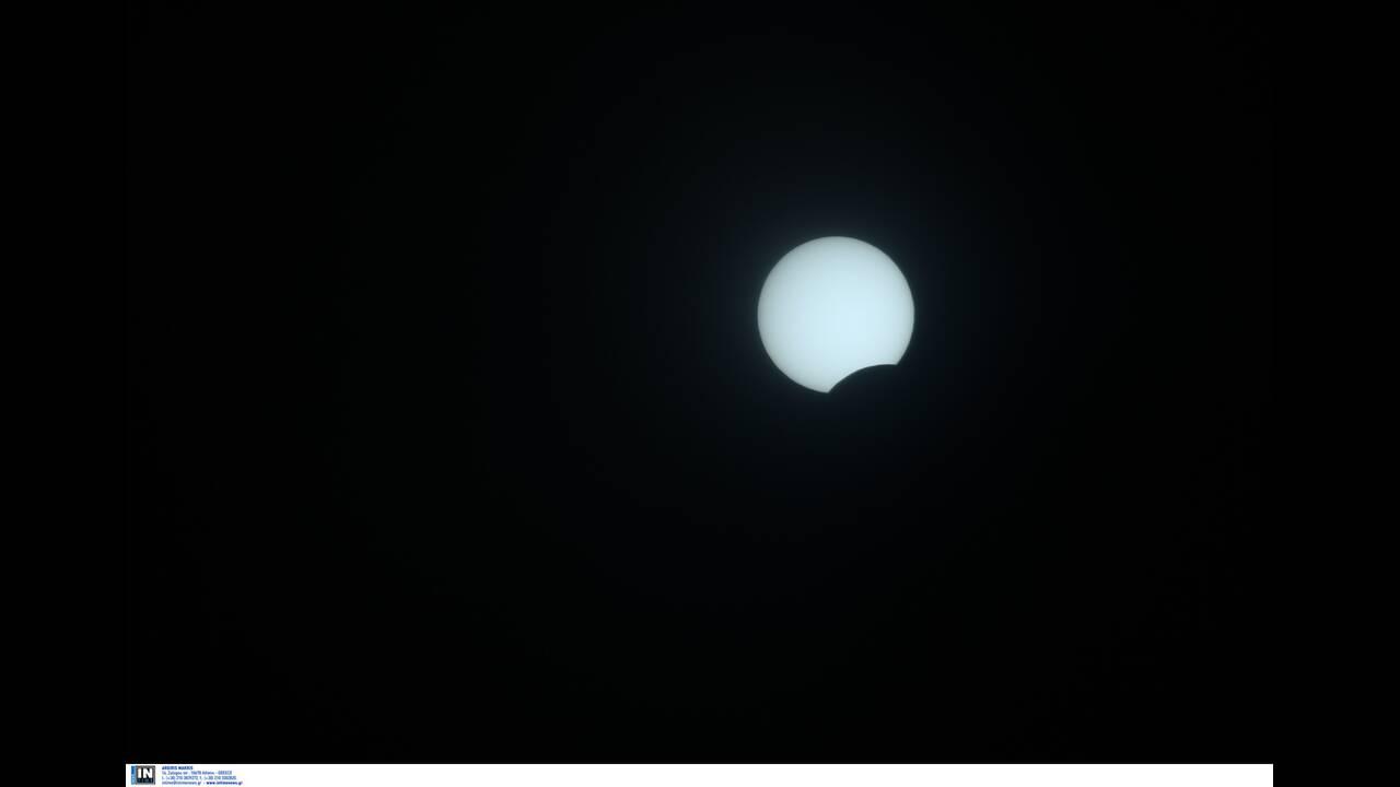 Δακτυλιοειδής έκλειψη Ηλίου: Εντυπωσιακά καρέ από την Ελλάδα