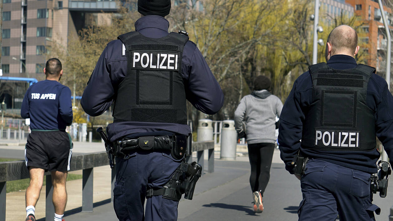 Γερμανία: Συλλήψεις υπόπτων για σεξουαλική κακοποίηση πολλών παιδιών και βιντεοσκόπηση