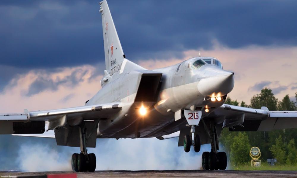 Αιφνιδιασμό από Μόσχα στη Λιβύη: Μετέφερε βομβαρδιστικό Tu-22 στον Χαφτάρ