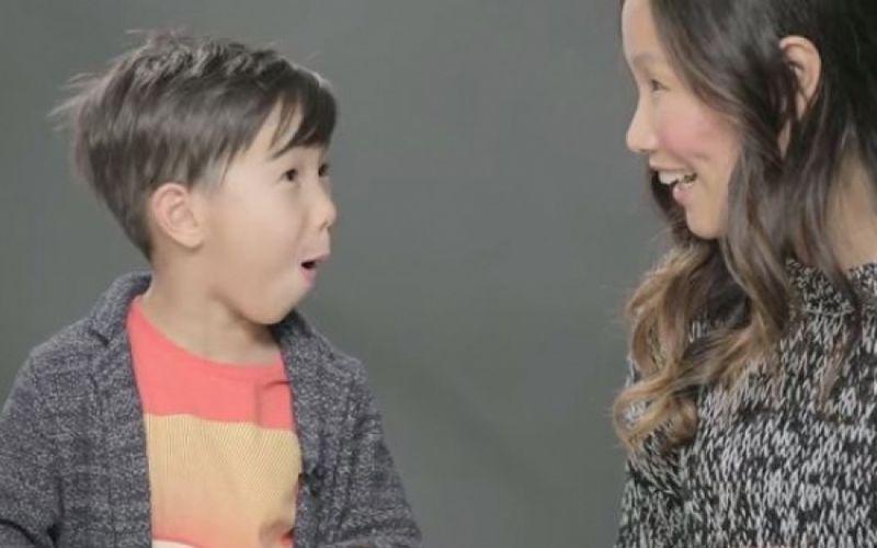 Πώς αντιδρούν τα παιδιά όταν ακούν πρώτη φορά για το σεξ (βίντεο)
