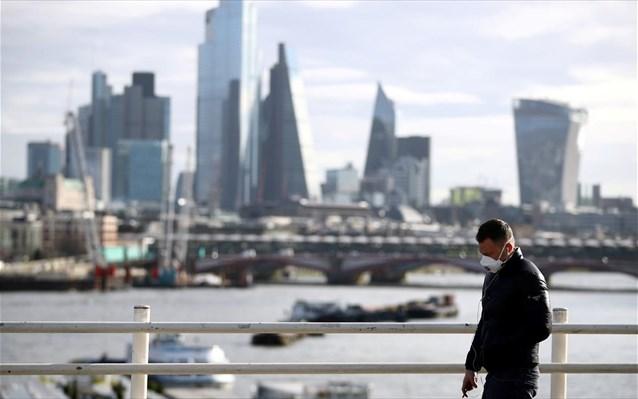 Η «άγρια» επιστροφή του Covid19 και οι τρεις μεγάλοι κίνδυνοι για την οικονομία