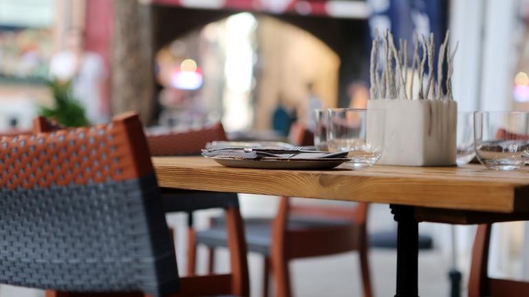«Δεν υπάρχει καμία παράβαση» λέει η ιδιοκτησία του κεντρικού καφέ