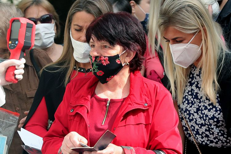 Γερμανία: Πάνω από 6,4 εκατ. άτομα χρησιμοποιούν ήδη την εφαρμογή για τον κορονοϊό
