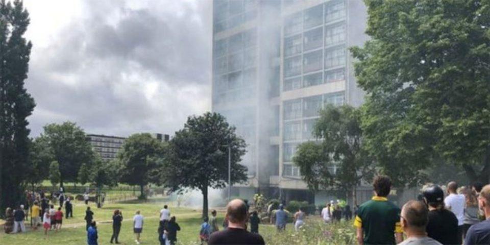 Συναγερμός στο Λονδίνο: Στις φλόγες συγκρότημα πολυκατοικιών – Τουλάχιστον 18 τραυματίες