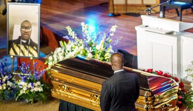 Υπό δρακόντεια μέτρα η κηδεία του Τζορτζ Φλόιντ – Χιλιάδες διαδηλωτές στην Ουάσινγκτον