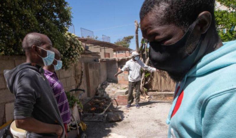 Γκάνα: Ο υπουργός υγείας της χώρας προσβλήθηκε από τον κορωνοϊό