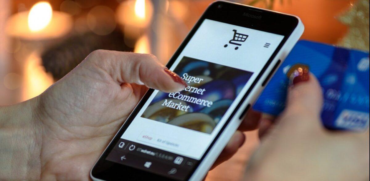 Με «σπασμένα φρένα» συνεχίζουν οι online αγορές – Αύξηση 107% μετά την καραντίνα