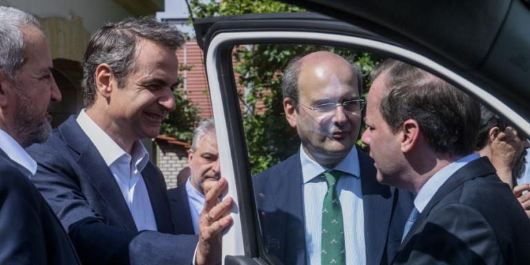 Ηλεκτρικά αυτοκίνητα: Πόσο επιδοτούνται, πού θα φορτίζονται, μπόνους 8.000 ευρώ στα ταξί -Εως 5.500 ευρώ για αγορά ΙΧ