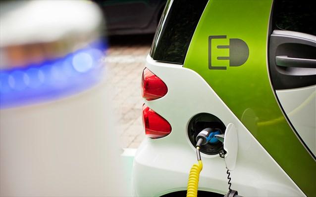 Ηλεκτροκίνηση: Τα κίνητρα, τα οφέλη και τα βήματα για την επιδότηση