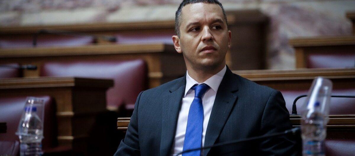 Ο Ηλίας Κασιδιάρης ανακοίνωσε το όνομα του κόμματός του (βίντεο)