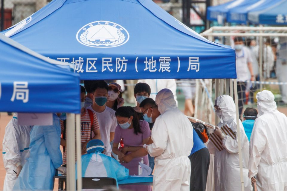Κόκκινος συναγερμός στο Πεκίνο: «Η κατάσταση με τον κορωνοϊό είναι εξαιρετικά σοβαρή»