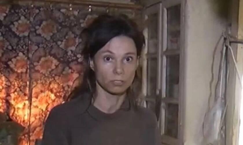 Φρίκη: Κρατούσε την κόρη της κλειδωμένη για 26 χρόνια – Σοκάρουν οι εικόνες