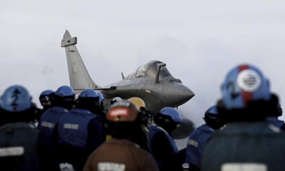 Συντονισμός Γαλλίας-Αιγύπτου στη Λιβύη: Το Παρίσι προωθεί την αιγυπτιακή εισβολή