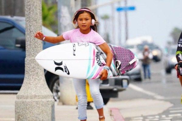 Παραλίγο να χάσει τη ζωή της η νεότερη skateboarder του κόσμου