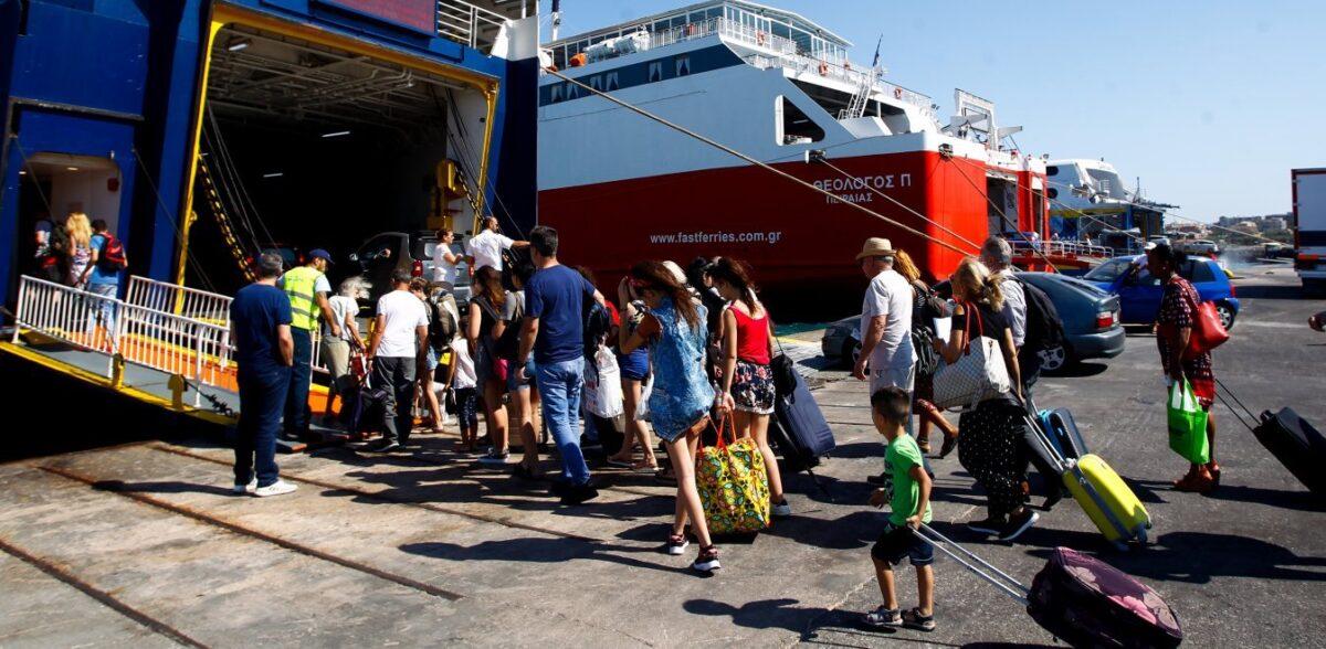 Ιαματικά λουτρά, μοναδική θέα και 2 ευρώ είσοδος: Ο ελληνικός προορισμός για εναλλακτικές διακοπές που θα σε ξετρελάνει