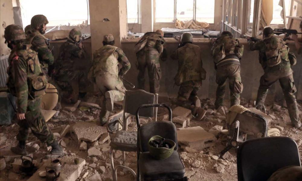 """""""Κόλαση"""" πυρός στην Ιντλίμπ: Σκληρές μάχες μεταξύ Συριακού Στρατού & Τούρκων"""