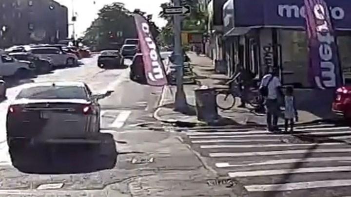 Άγρια δολοφονία στη Νέα Υόρκη: Τον πυροβόλησαν ενώ περπατούσε με την 4χρονη κόρη του – ΒΙΝΤΕΟ