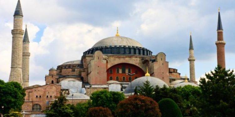 Τούρκος θεολόγος στην Süddeutsche Zeitung: «Κανείς δεν χρειάζεται την Αγία Σοφία ως τζαμί»