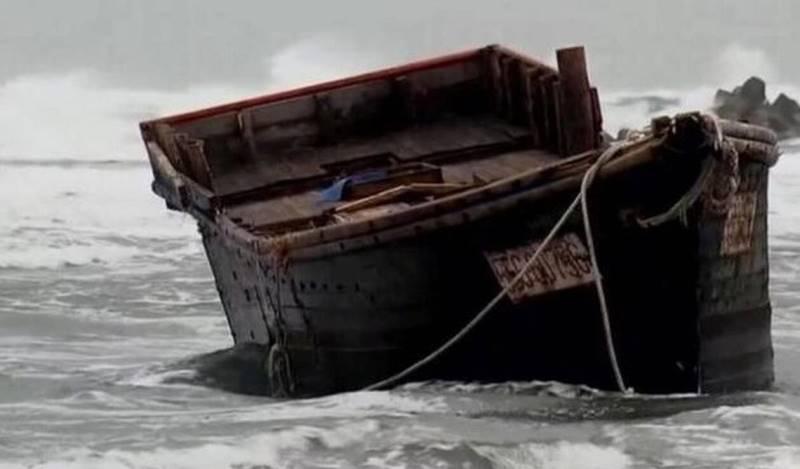 Θρίλερ: Γέμισε η παραλία βάρκες με πτώματα – Τι λένε οι Αρχές