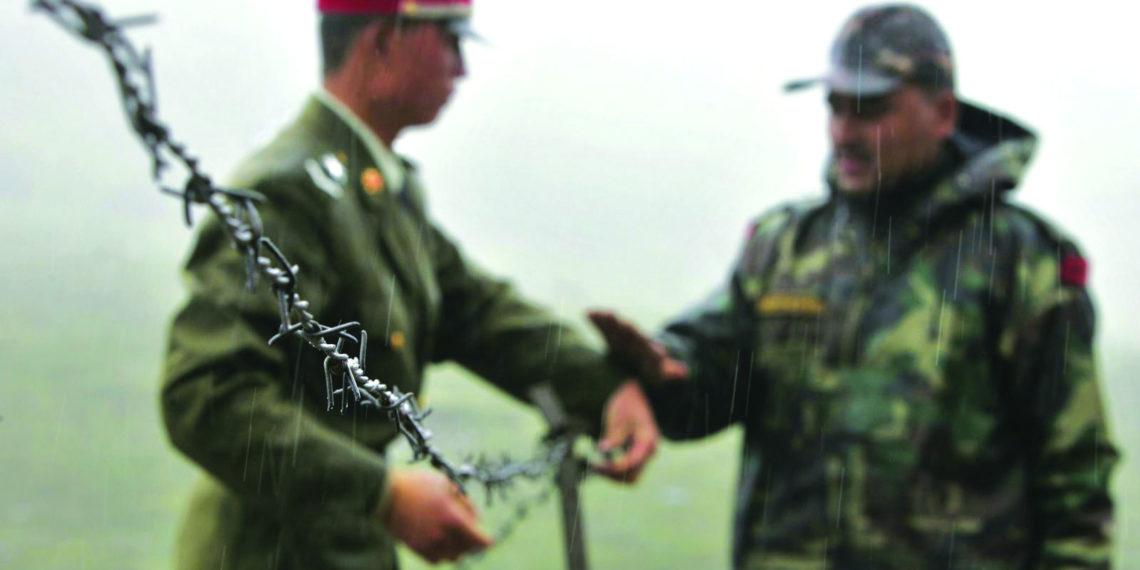 Η ανθρωπότητα φαίνεται να γλίτωσε ένα πόλεμο: Κίνα και Ινδία βρήκαν τη «χρυσή τομή» στα σύνορα