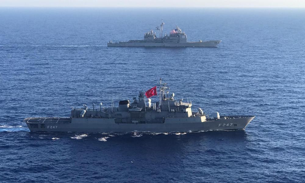 """Οι ΗΠΑ νομιμοποιούν τις τουρκικές προκλήσεις: """"Σας ευχαριστούμε για την κοινή άσκηση!"""""""