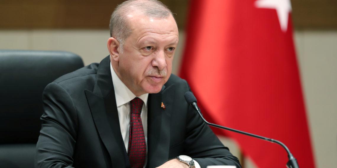Ηχηρό μήνυμα της Ευρώπης στον Ερντογάν: Να επανεξετάσει την απόφαση για την Αγιά Σοφιά