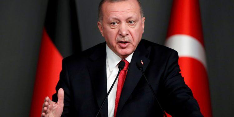 Εκτακτο-Επιμένει ο Ερντογάν: Εσωτερικό μας ζήτημα η Αγία Σοφία. Να σεβαστούν την απόφαση μας!