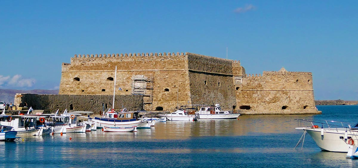 Ο καιρός στην Κρήτη: «Καλοκαίρι» με 33 βαθμούς στο νησί – «Ανάσες δροσιάς» στις παραλίες